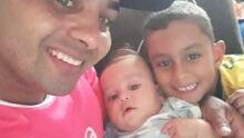 Pai Paulo César Vieira de Brito e seus filhos, Matheus e Théo