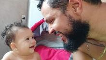 Papai esse sempre sera meu olhar pra ti, olhar de amor de afeto e de orgulho do grande papai  que eu tenho  Te amo