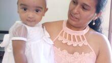 Minha esposa ROSINEIA MARTINS, com minha filha Aghata Sofhia