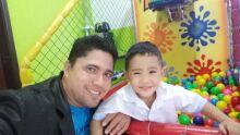 Parabéns papai Luiz Carlos pelo seu dia!!! Um grande abraço de seu filho Luiz Felipe!!!!