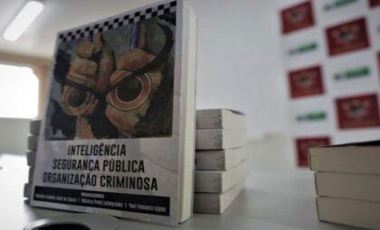 Livro reúne experiências, atuações e estratégias da área da Segurança Pública
