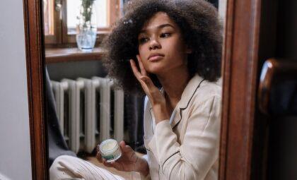 Pele negra: o que fazer para mantê-la bonita e saudável