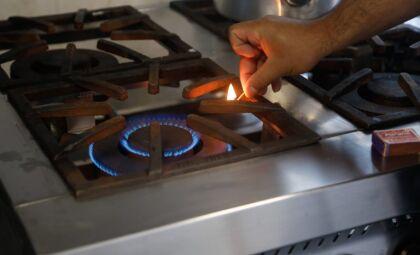 Proposta cria benefício social para que baixa renda tenha gás a R$ 35
