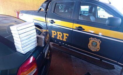 Casal é preso com cocaína e haxixe marroquino na BR-463