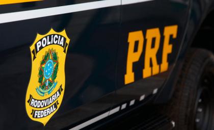 Polícia recupera carretas de motoristas mantidos em cativeiro durante viagem