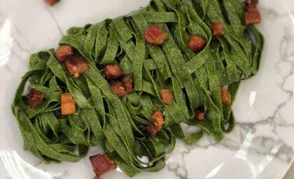 Veja essa deliciosa receita de couve com bacon