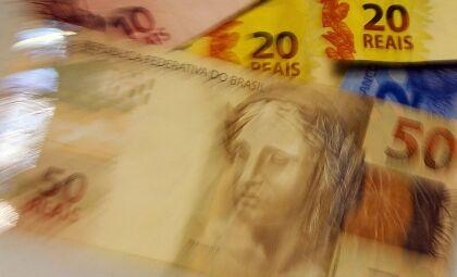 Caixa paga hoje 3ª parcela do auxílio para nascidos em março