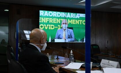 Na Comissão da Covid, Queiroga diz que Ministério continuará distribuindo a CoronaVac