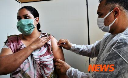 Quarta-feira tem imunização contra a Covid-19; veja cronograma