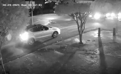 Viatura atinge motociclista e homem vai parar no hospital