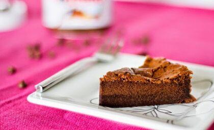 Receita de bolo de Nutella com 2 ingredientes