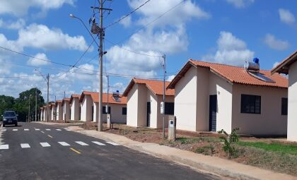 Agehab notifica beneficiários de Taquarussu, Terenos e Vicentina por irregularidade contratual