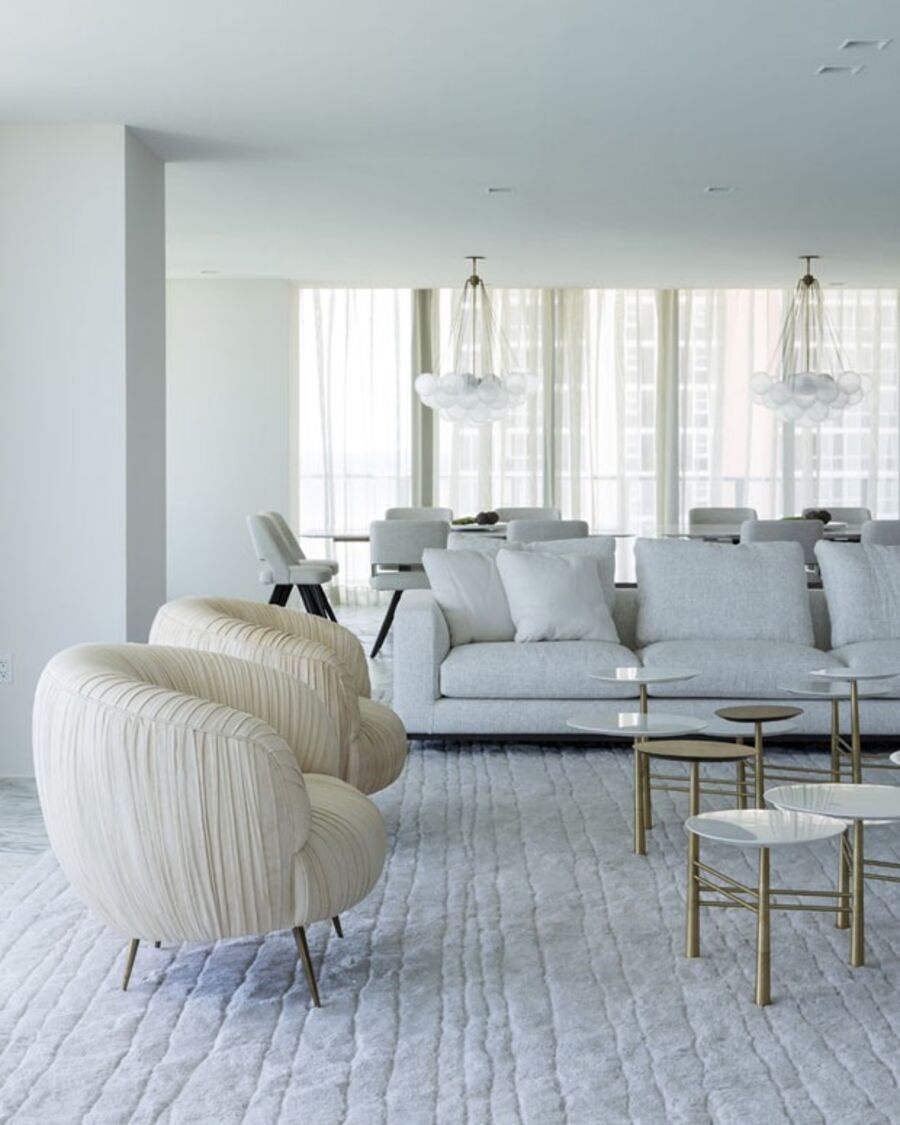 Luxury Living Room Design Ideas with Neutral Color Palette living room design Luxury Living Room Design Ideas with Neutral Color Palette 57509e881abcd99c1148d956e4a875eac62ddb04694aa cv369 casa kiko salomao 02