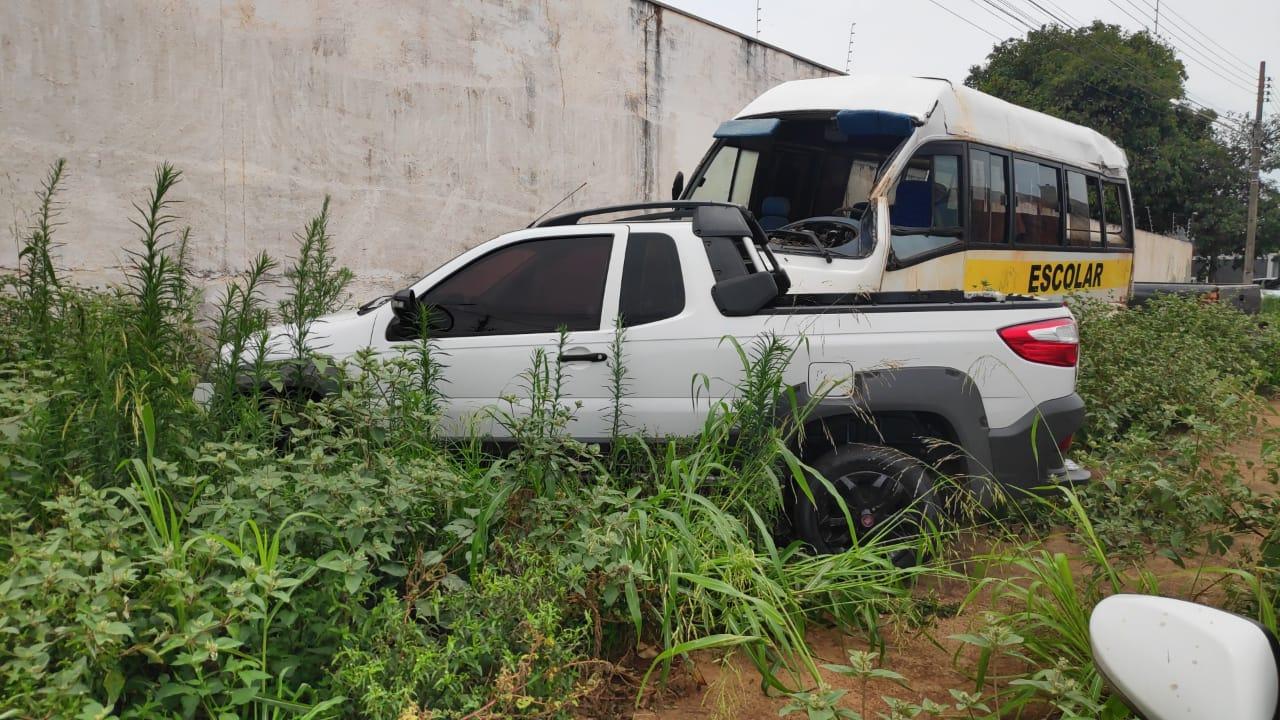 Fiat Strada apreendida na ação
