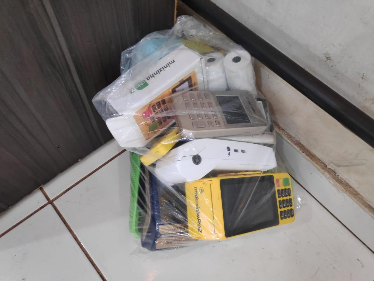 Máquinas de cartões usadas pelos criminosos