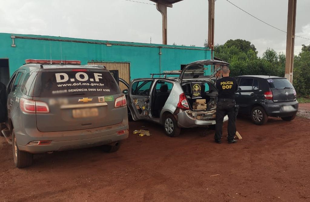 Veículo que seguia para Maracaju com mais de 100 kg de maconha é apreendido