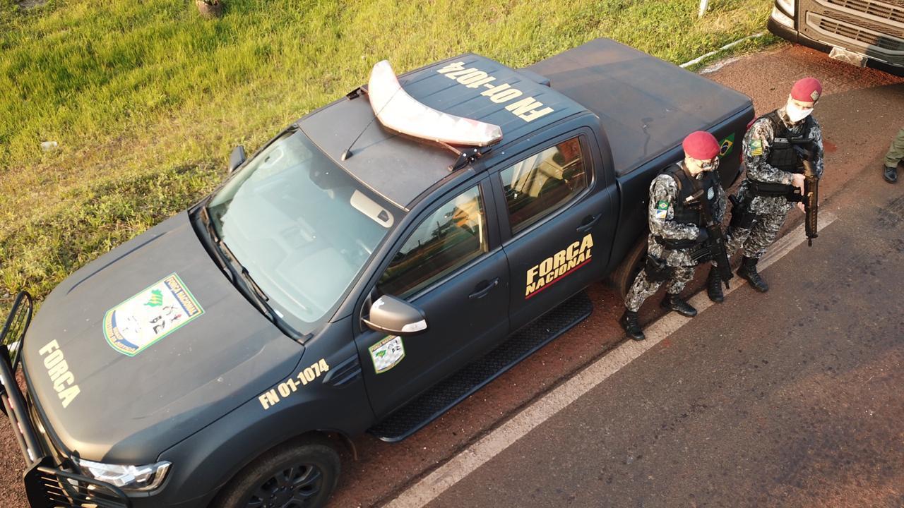 Novo recorde: Polícia Federal queima 30 toneladas de maconha apreendidas em MS